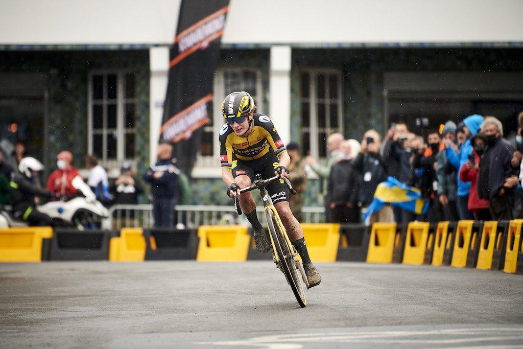 Jumbo-Visma Paris-Roubaix 2021 Cervélo Caledonia 5